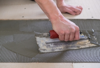 What is Thinset? How to Pick the Right Adhesive For Your Tiling Job